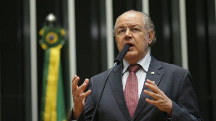 PL propõe criminalizar a difusão de notícias suspeitas