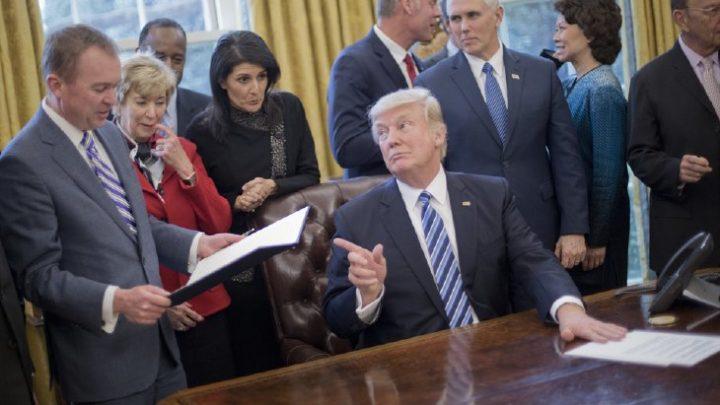 Presidente Trump convida americanos a opinarem sobre formas de reduzir estado