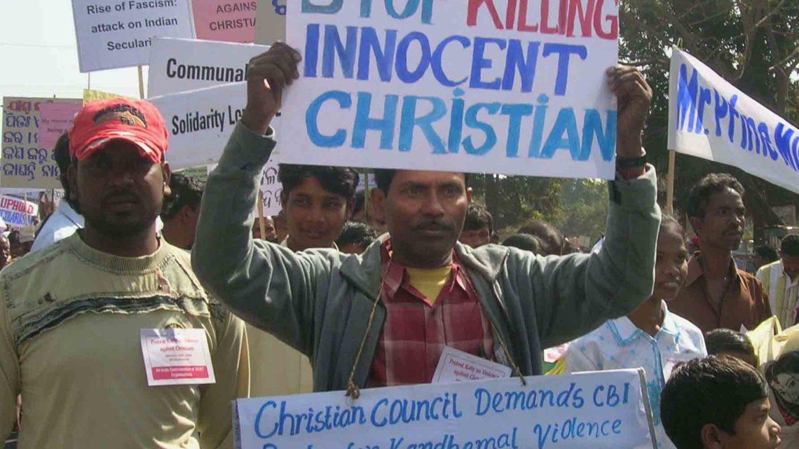 Índia: Cristãos são presos por cantarem músicas natalinas