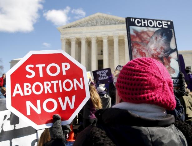 EUA: Senado reprova lei que proíbe aborto em gestações superiores a 20 semanas