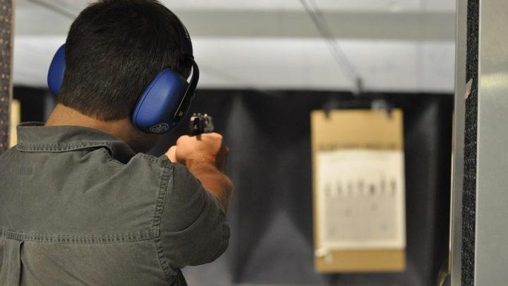 O que acontece quando uma lei incentiva a ter armas