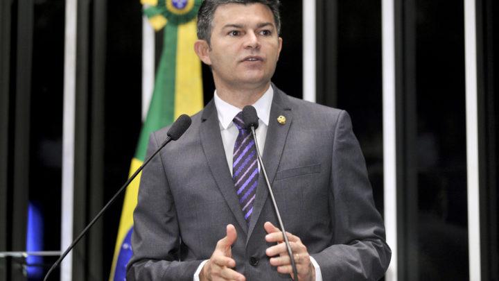 PEC que submete STF a voto popular é ideia do Foro de São Paulo, denuncia juiz