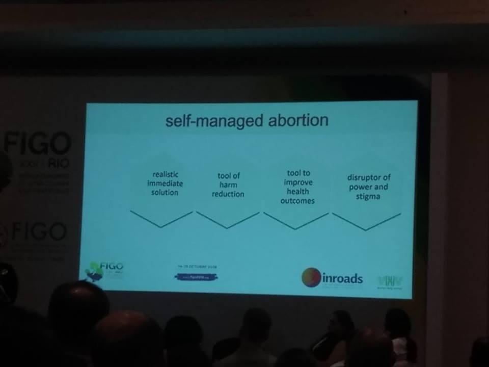 Figo Rio 2018 ensina autoadministração de abortos, o que é crime no