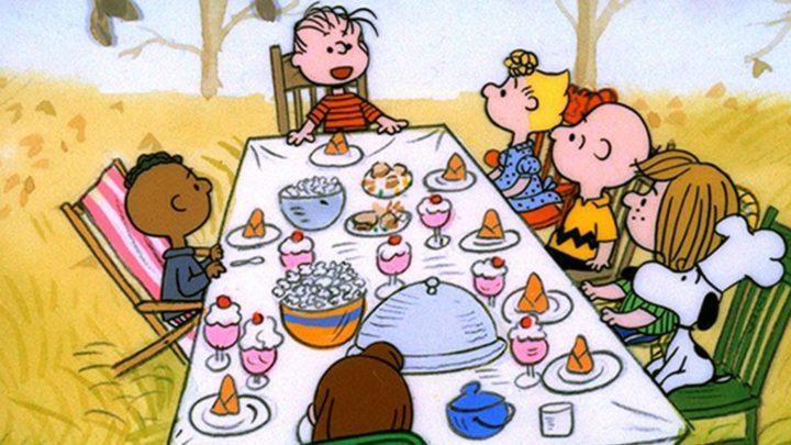 Charlie Brown celebrando dia de ação de graças é acusado de racismo